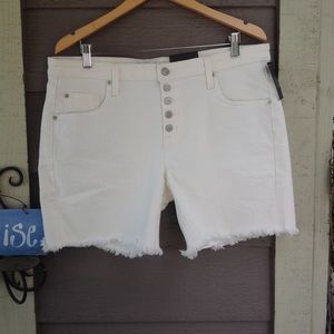 NWT Mossimo white low rise boyfriend shorts